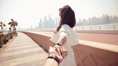 11 Major Signs She Wants a Relationship with You - EnkiRelations