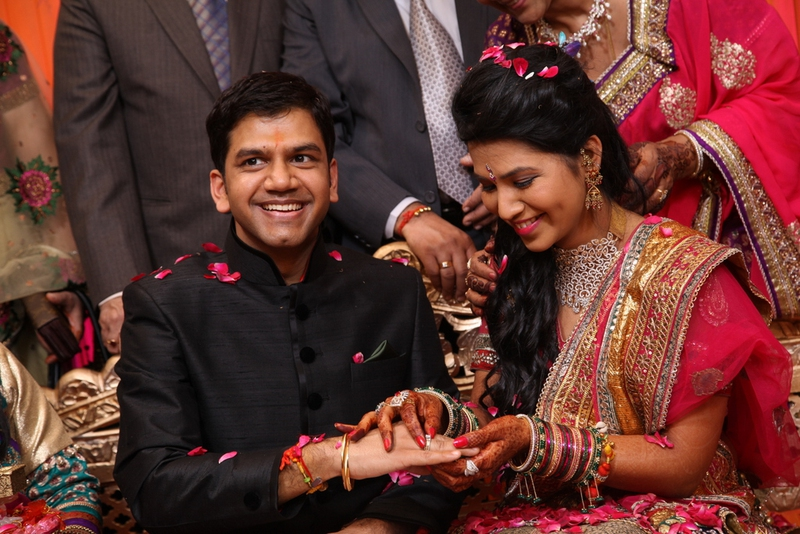 First night in an arranged marriage tips and stories enkirelations couples for arranged marriages are not allowed to see each other before their wedding lets get closer to see how those first nights go junglespirit Image collections