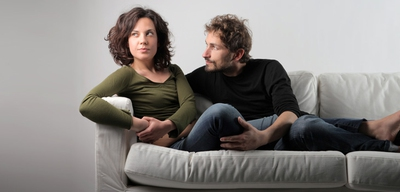 What Are the Signs of a Real Possessive Man? - EnkiRelations
