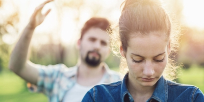 8 Tips on How to Give Space In Your Relationship - EnkiRelations